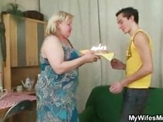 Huge busted tranny Wife busts her man fucking huge granny