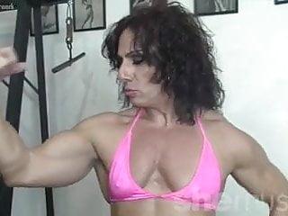 Mature anni Annie riveccio likes working out