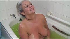 Mature Slut Washing Her Old Pussy