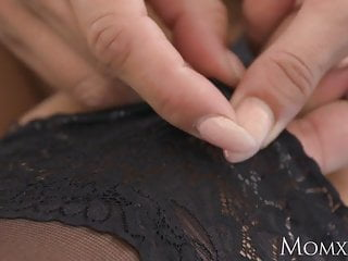 Hentai desperate Mom stockings and heels milf desperate for younger cock