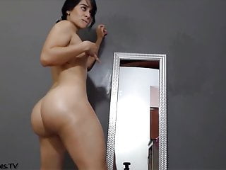 Black girls ass bubbled huge I love huge bubble-butts z7