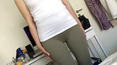 Skinny MILF Perfect cameltoe