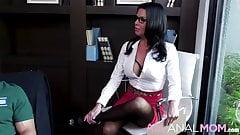 Psychologist - Veronica Avluv