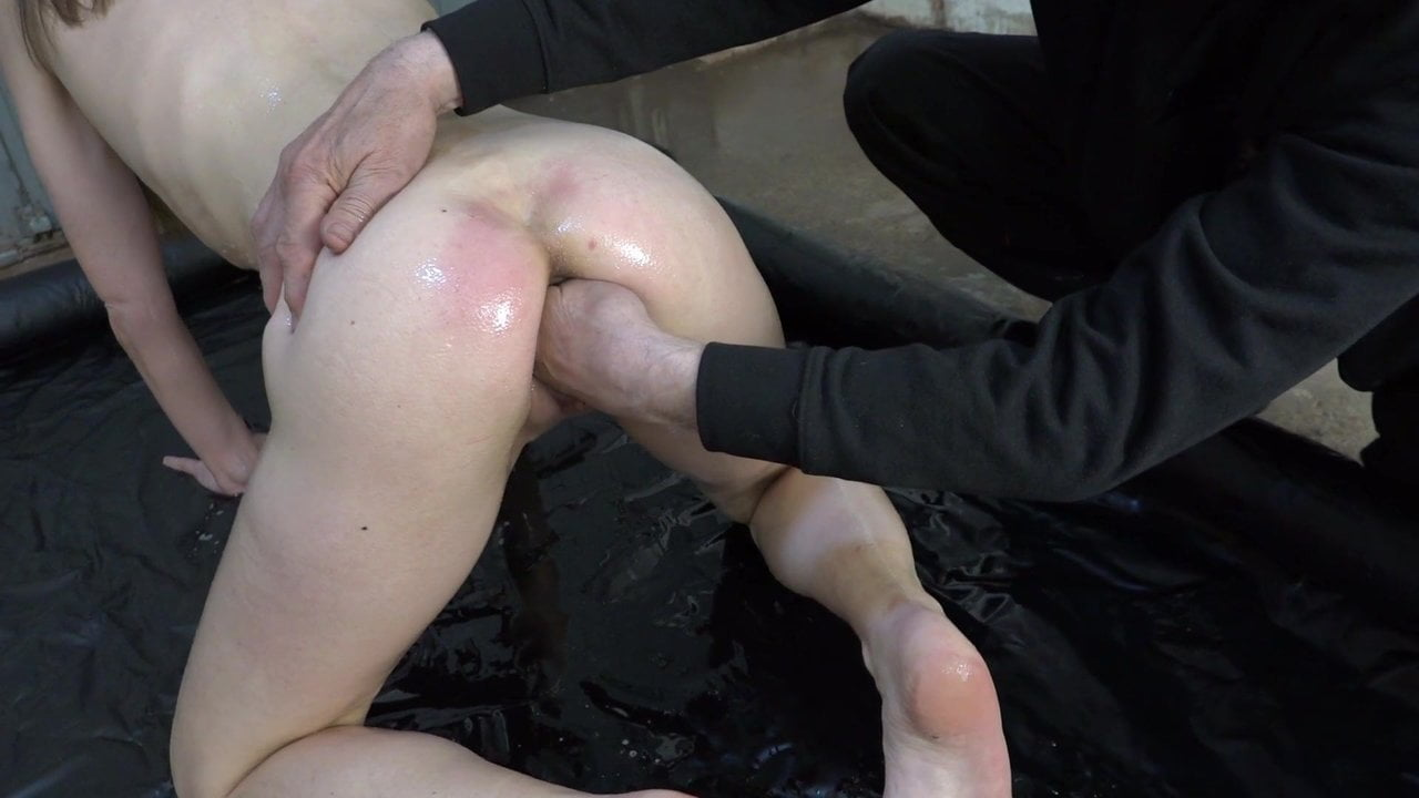 Free download & watch big pussy fisted with oil xhvVN N porn movies