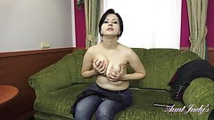 Wanilianna jerk off instruction stripping and masturbating