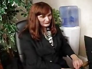 Loora in pantyhose - Boss in pantyhose gets what she wants