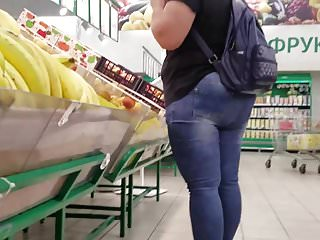 Large ass holes - Woman with large ass want some fruits and salads