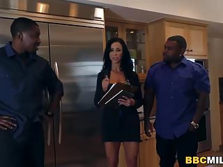 Interracial dp with milf Jewels jade loves anal and dp with black cock