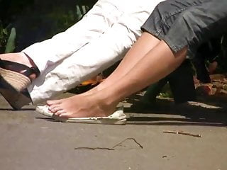 Candid voyeurism park Candid feet in park 1