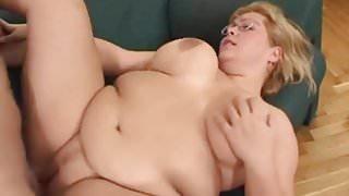 blonde bbw a grosses mamelles