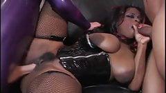 Busty amateur ebony girl anal threesome
