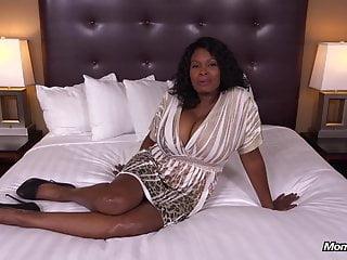 Lesbo fuck film trailer - Curvy ebony milf has all natural big black tits hd fuck film