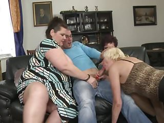 Young group boys sex - Mature.nl - super mothers fuck young boys