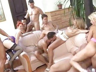 Gay threesome kiss porn