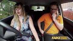 Fake Driving School Массивные британские сиськи, последний урок