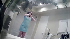 Sexy Small Tits Girl in Dressing Room-Spy Cam Clip