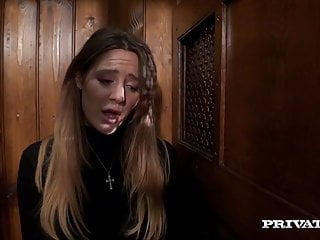 Samantha mohr tits Samantha bentley gets a huge facial in i confess