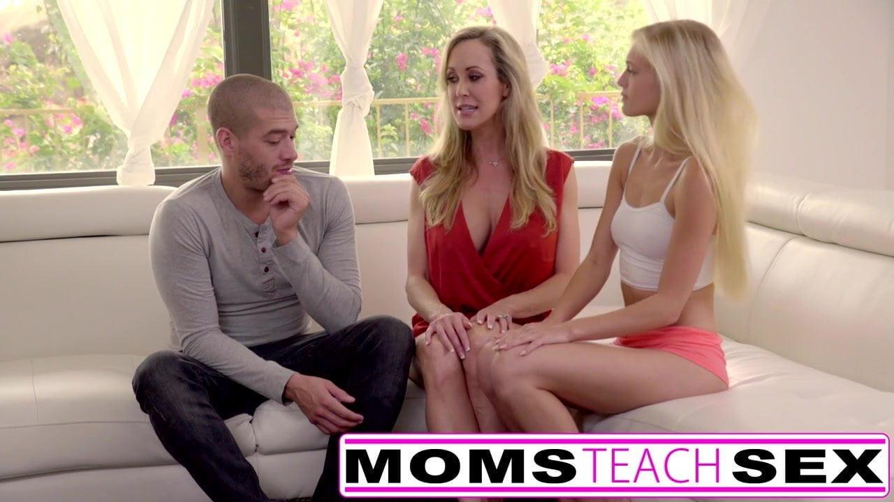 Mom Shows Big Tits Step Son
