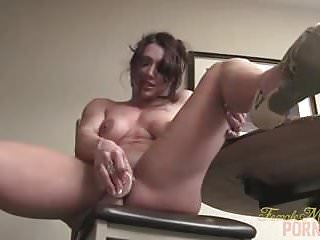 Female nude single - Nude female bodybuilder brandimae masturbates and says its s
