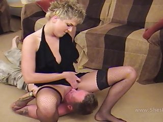 Tongue ass - Slave tongues mistress pussy deeply and rims ass