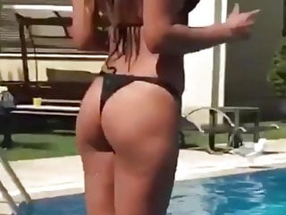 G-string bikini contest Turkish singer hatice g-string bikini part 1