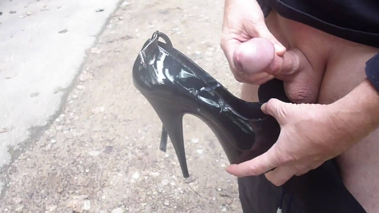 transen gefickt in high heels