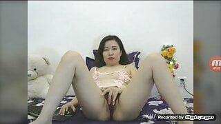 vietnamese jennifer-1996 show body on xhamsterlive