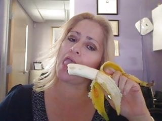 Mad mature clips - Milf got mad banana skills