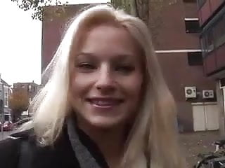 C ham a erotica - Shy blonde goes ham on sybian