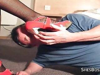 Thick ebony amateur slutload Thick ebony mistress takes a licking from an old guy