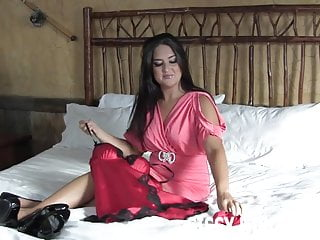 Suck on that pussy i will get you wet song I will get you ready for a nice girls night out