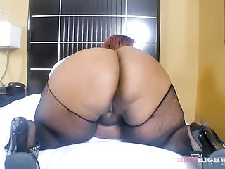 Hallie berrys orgasm video - Berry gorgeous is back on bbwhighway