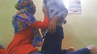 Indian Desi bhabi xxx video Hindi porn bhabi ki chudai