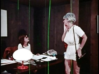 Strip cavity sreach stories - Mrs. harris cavity 1971 - movie full - mkx