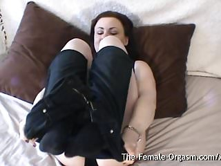 Furry latina pussy - Curvy babe with furry fleshy wet pussy vibrates her clit