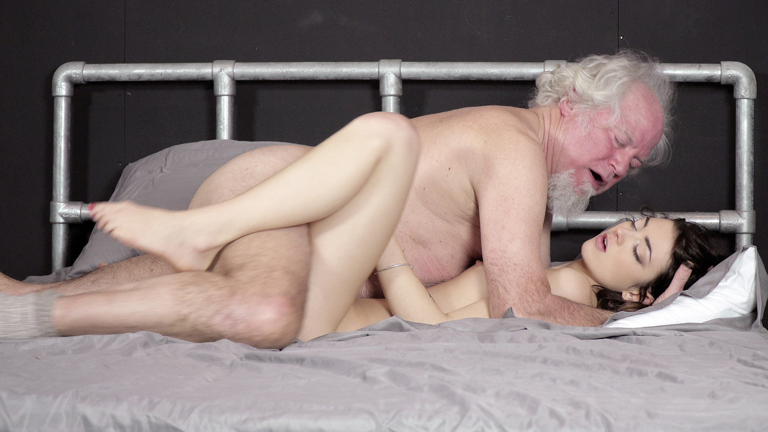 Lesbian Threesome Old Young