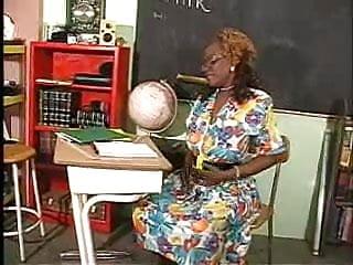 Mikiko toyo tgp Mature black woman with her toyo