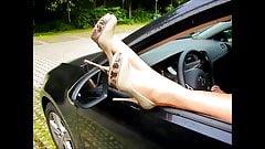 Spanner Parkplatz - Sperma auf Nylons und Heels