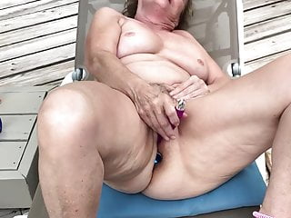 Girl outdoors shaved - Milf masturbating outdoors on deck - naked, shaved, spread