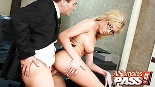 Big Tits Secretary Victoria White Has Sex With Boss