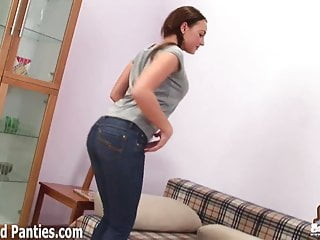 Fuck my tight jeans My tight jeans hug my pussy just right