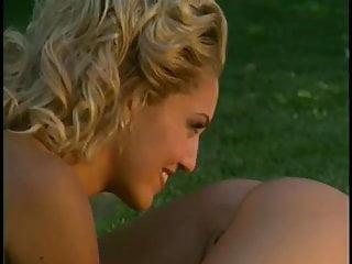Lopez nude pic sky Sky lopez outdoor lesbian scene