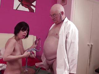 Beautiful women suck cock English women suck old fat cock