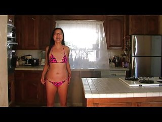 Hour glass bikini models - Asian bikini glasses 03