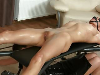 Tickling cunnilingus - Tickling bondage