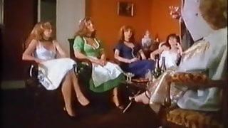 Classic Porn - Drei Dirndl In Paris - 04