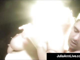 Fuck on stage Milf queen julia ann gets anal fucked on stage