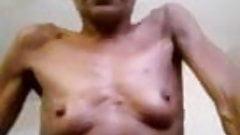 tinny tits