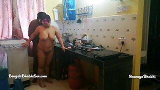 Shanaya bhabhi fucked in kitchen