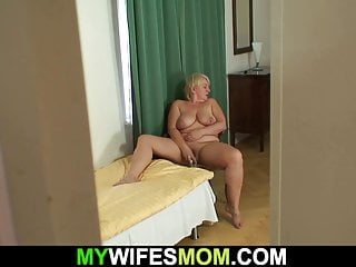 Mothers like it big boobs Big boobs girlfriends mother is very horny